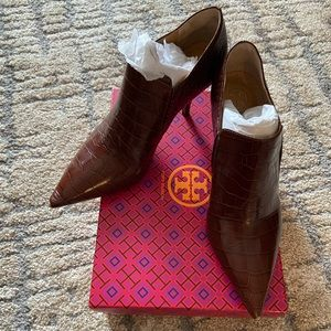 Tory Burch Georgina Croc Ankle Booties Size 9